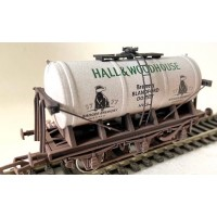 S3230W - Hall & Woodhouse OO Brewery Tanker Weathered OO