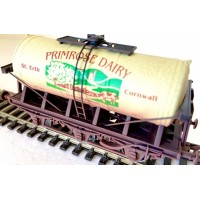 S3137W- Primrose Dairy Clotted Cream Tanker OO St Erth Weathered
