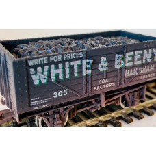 S3177W - White & Beeny OO 7 plank Weathered  black.