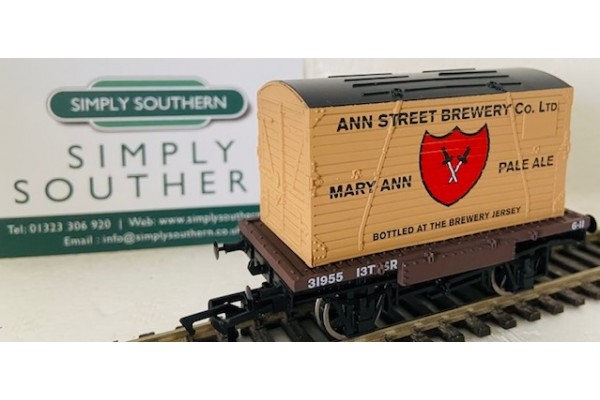 S3239P Mary Ann Pale Ale Jersey OO Container & Conflat  Pristine Ann Street Brewery Co.LTD Bottled at Brewery at Jersey for SR