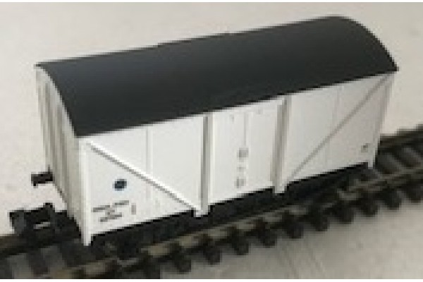 2F019 Blue Spot Fish Van - white N Gauge
