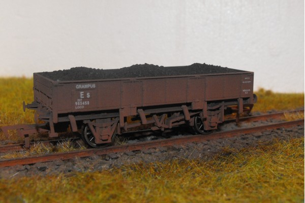 S2586W - Selhurst Depot 00 Grampus (Weathered)