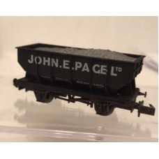 S2598NW - John E Page Ltd 21T Hopper 11743 (Weathered)