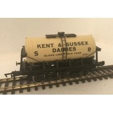 S2599P - Kent & Sussex 00 Gauge 6-wheel Milk Tanker 018 (Pristine)