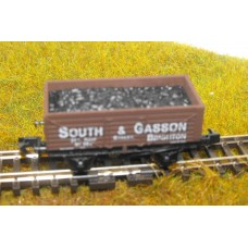 S2601NP - South & Gasson N Coal/Mineral 7 Plank Wagon (Pristine)