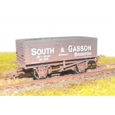 S2602W - South & Gasson 00 7 Plank Coal Wagon (Weathered)